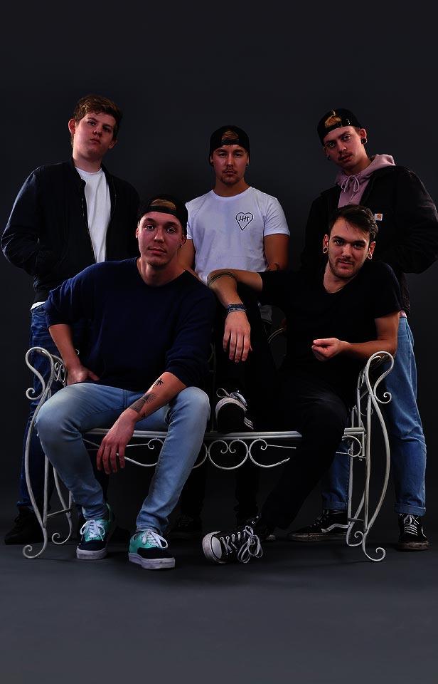 B104 - Beinhundertvier - Pop - Punk - Rap